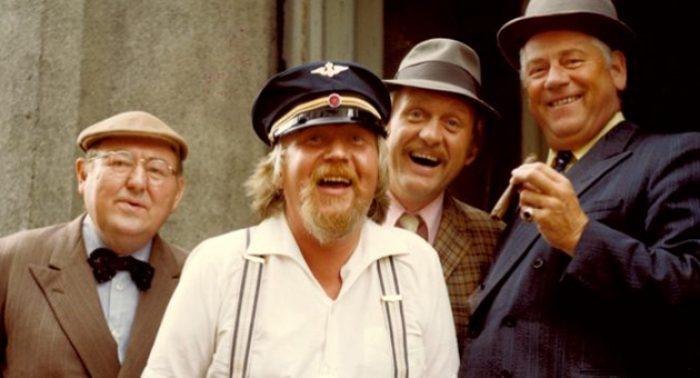 Egon, pølser og hornmusikk i Grimstad