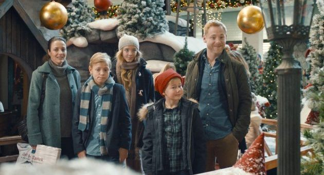 Familien Jul i nisseland